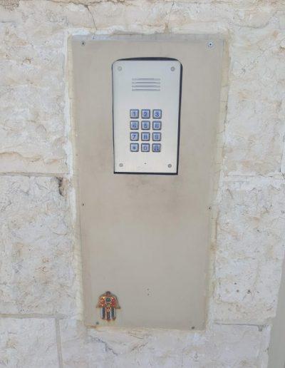 קודן לדלת כניסה 2