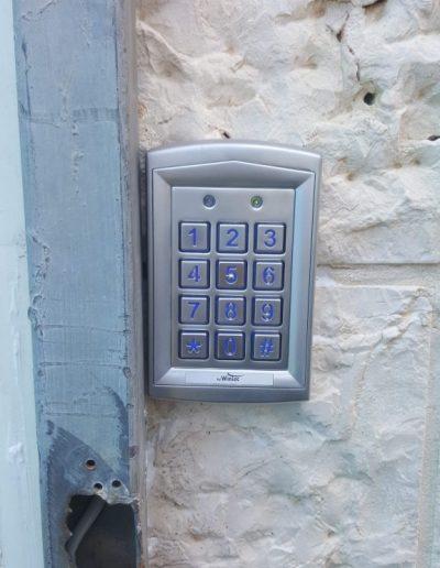 קודן לדלת כניסה 5